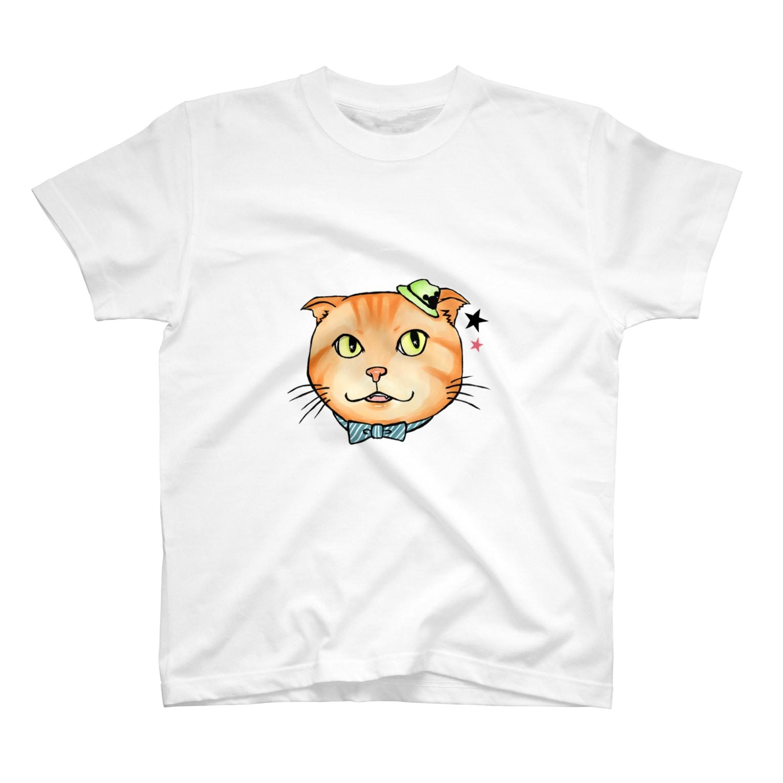 MEGULAさん宅のトラジ T-shirts