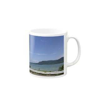 海沿いのドライブ Mugs