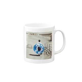浮き輪 Mugs