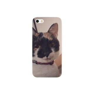 顔が黒いネコ Smartphone cases