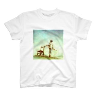 across the sky Tシャツ