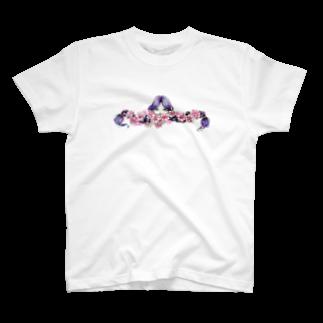 メバエマツモトのmomoiro girlTシャツ