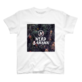 NERD BANANA Tシャツ