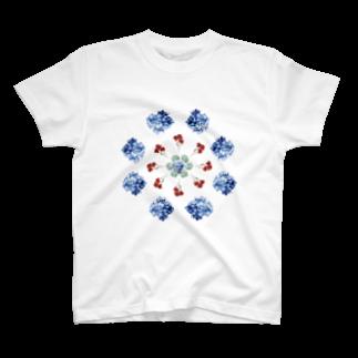 こんなの欲しいをご提供!ArtDesiartのあじさいとカーネーション T-shirts