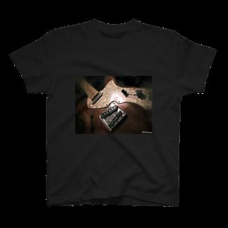 TelectionのしんらいんTシャツ