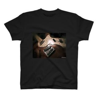 しんらいん T-shirts