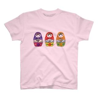 猫抱きマト T-shirts