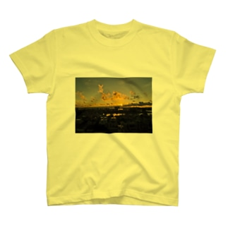 hiro_photoの夕日 T-shirts