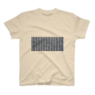 yosshiの団地 T-shirts