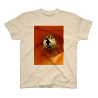 artkreのむこうがわ T-shirts