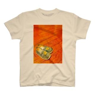 artkreのちっちゃなくつ T-shirts