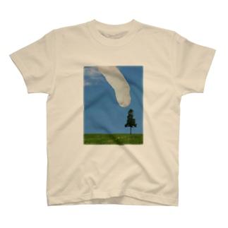 ochoy's cat (tree) T-shirts