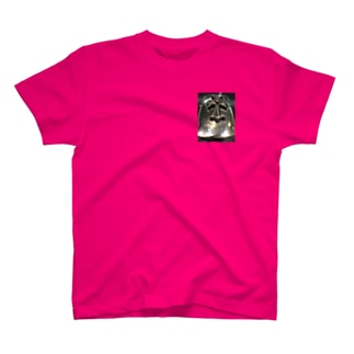 魂のシールド T-shirts