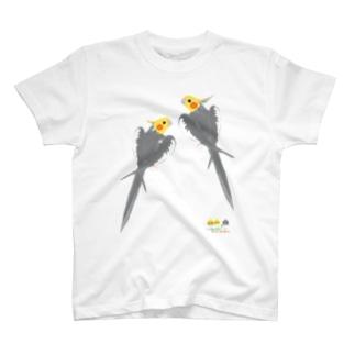 ノーマルオカメインコ ごきげんポーズ中 Tシャツ