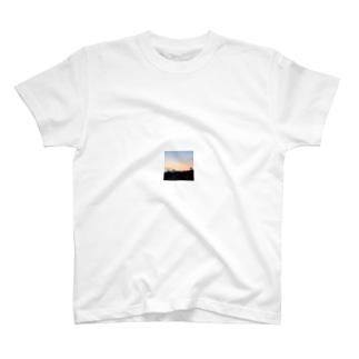 猫の見た昨日の空 Tシャツ