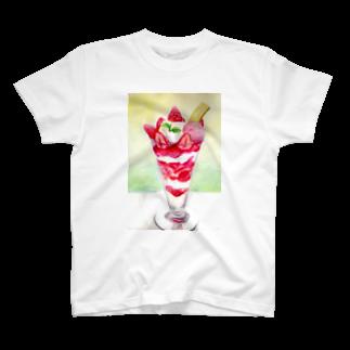 リラのイチゴパフェTシャツ