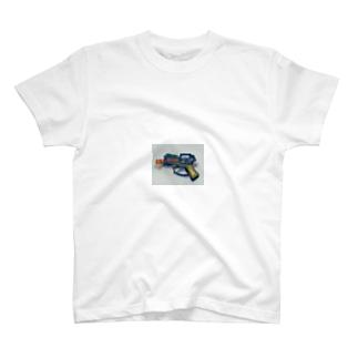 水鉄砲 T-shirts