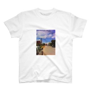 タイの片田舎 T-shirts