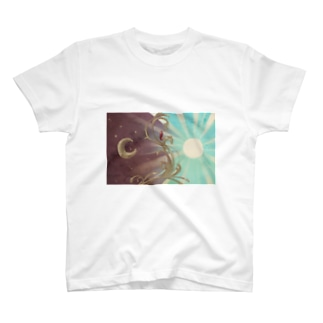 朝と夜を隔てる T-shirts