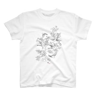 ツバメとフウセンカズラ T-shirts