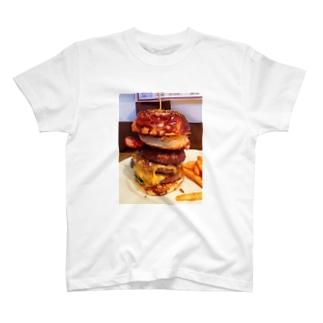 ハンバーガー3段 T-shirts