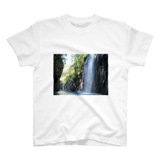 真名井の滝 T-shirts