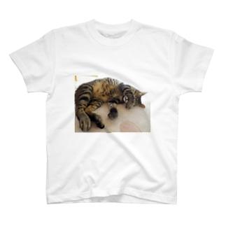 wonderworldの目隠し小次郎 T-shirts