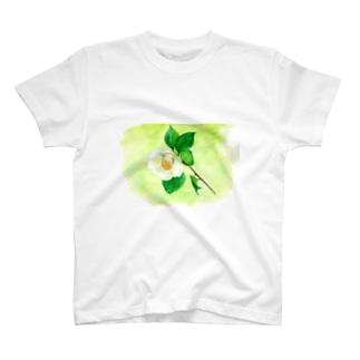 白い椿 T-shirts
