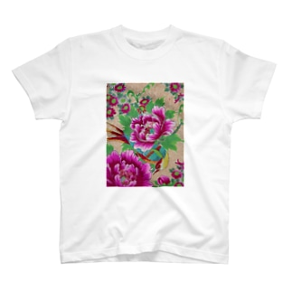 牡丹と目つきの悪い鳥 T-shirts