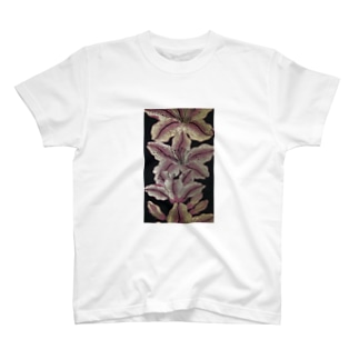 Lilies T-shirts