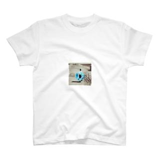 浮き輪 T-shirts