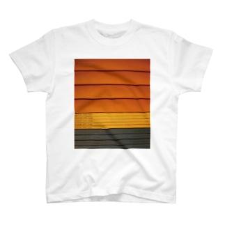 背表紙 T-shirts