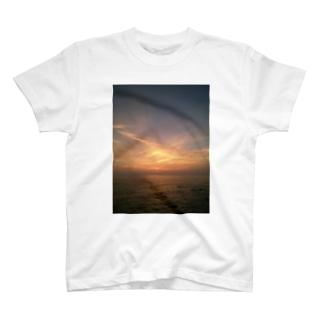 夕日2 T-shirts