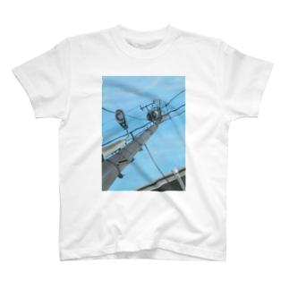 古屋智子(TomokoFuruya)の電柱 T-shirts