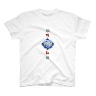 あじさいとカーネーション T-shirts