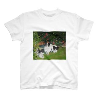 犬の家族 T-shirts