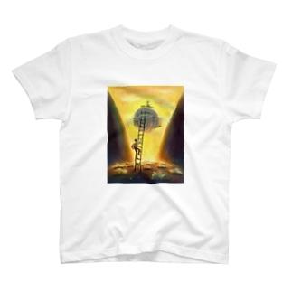 梯子の少年 T-shirts