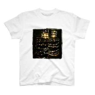 ヒカリノ森 T-shirts
