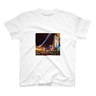 リトル・インディアの夜 T-shirts