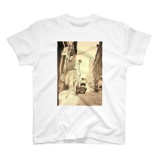 『嫌われ西野、ニューヨークへ行く』の表紙 T-shirts