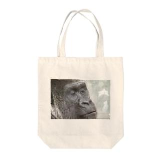 いものsleeping gorilla Tote bags