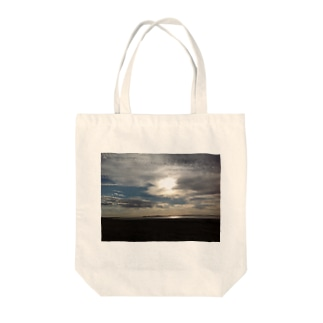 reflection Tote bags