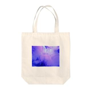 雪スナフのPurple jellyfish Tote bags