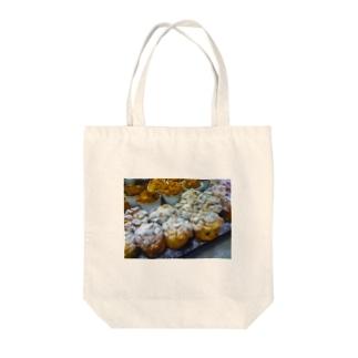 Love Bread Pudding Tote bags