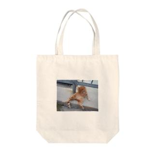 にゃんきち Tote bags