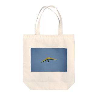 ハンググライダー Tote bags