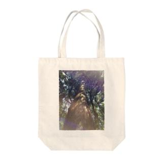 風まかせの神杉 Tote bags