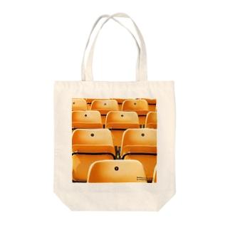 オレンジの椅子01 Tote bags