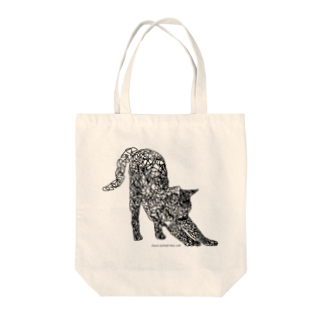 北欧の小さな雑貨店ののびをする猫 Tote bags