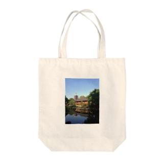 五重塔 Tote bags